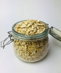 Switch to a healthy breakfast with our organic regular rolled oats. Oats are one of the healthiest grains that you can have! Loaded with fibre, minerals
