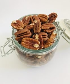 Pecans comes packed with a lot of health benefits. These are a good source of Vitamin E, Vitamin A. Also helps in boosting immunity, preventing skin problems, improved digestion and much more.