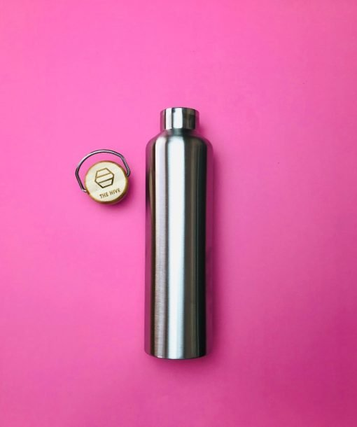 1L Stainless Steel Bottle. A perfect solution to single use plastic water bottles. Switch to reusable now!